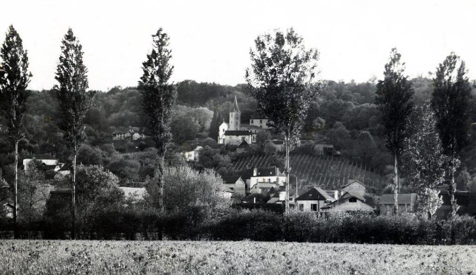 Village et clocher d'Arbus